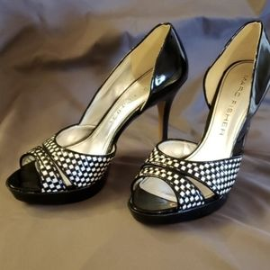 Marc Fisher patent leather black and white…